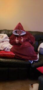 Podložen pulover in deka v enem photo review