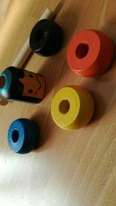 Neuničljiva lesena igrača s kladivom MAGIC MAN photo review